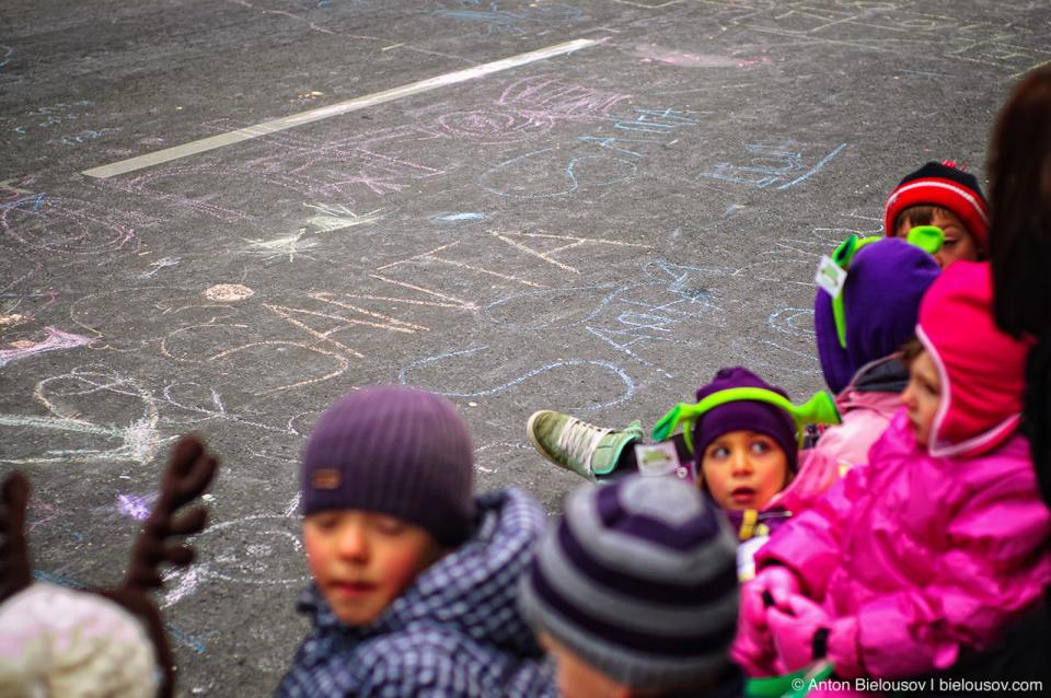 Children at the Santa Claus Parade, Toronto 2010