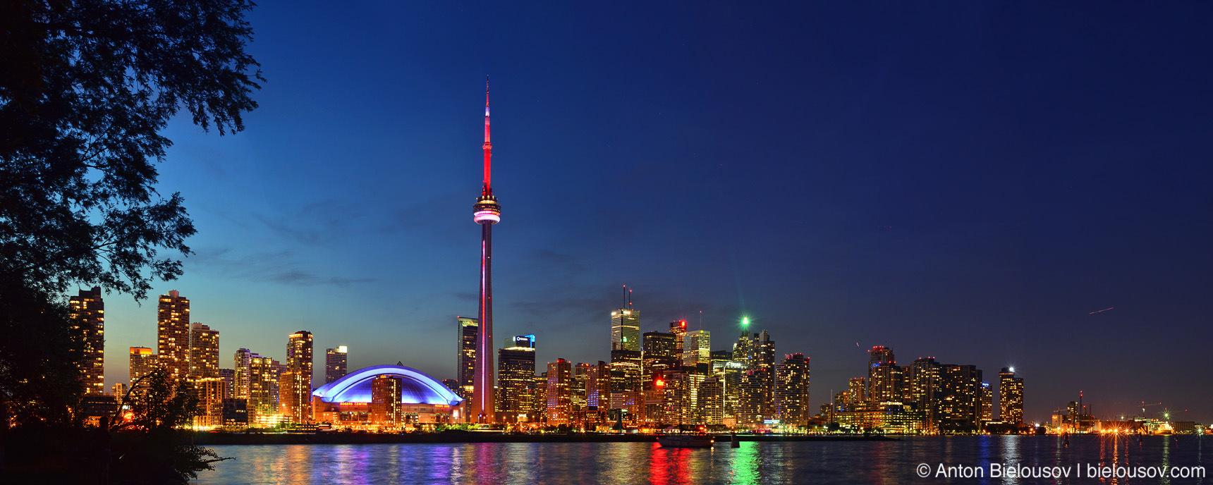 Free 67MP Toronto Night Skyline Panorama