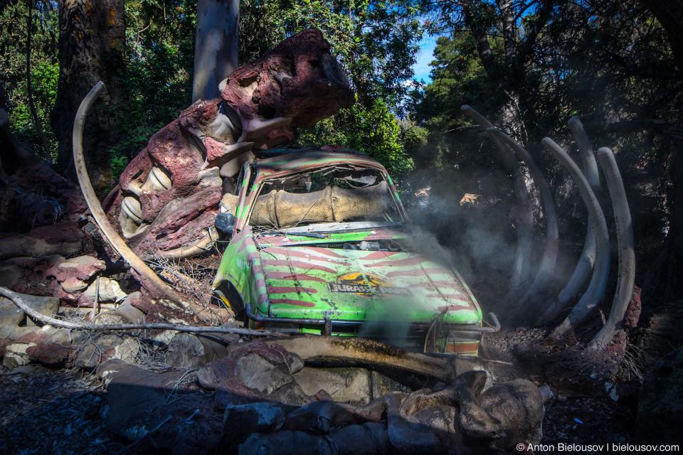 Jurassic Park Car Scene at Universal Studios Backlot, Hollywood, CA